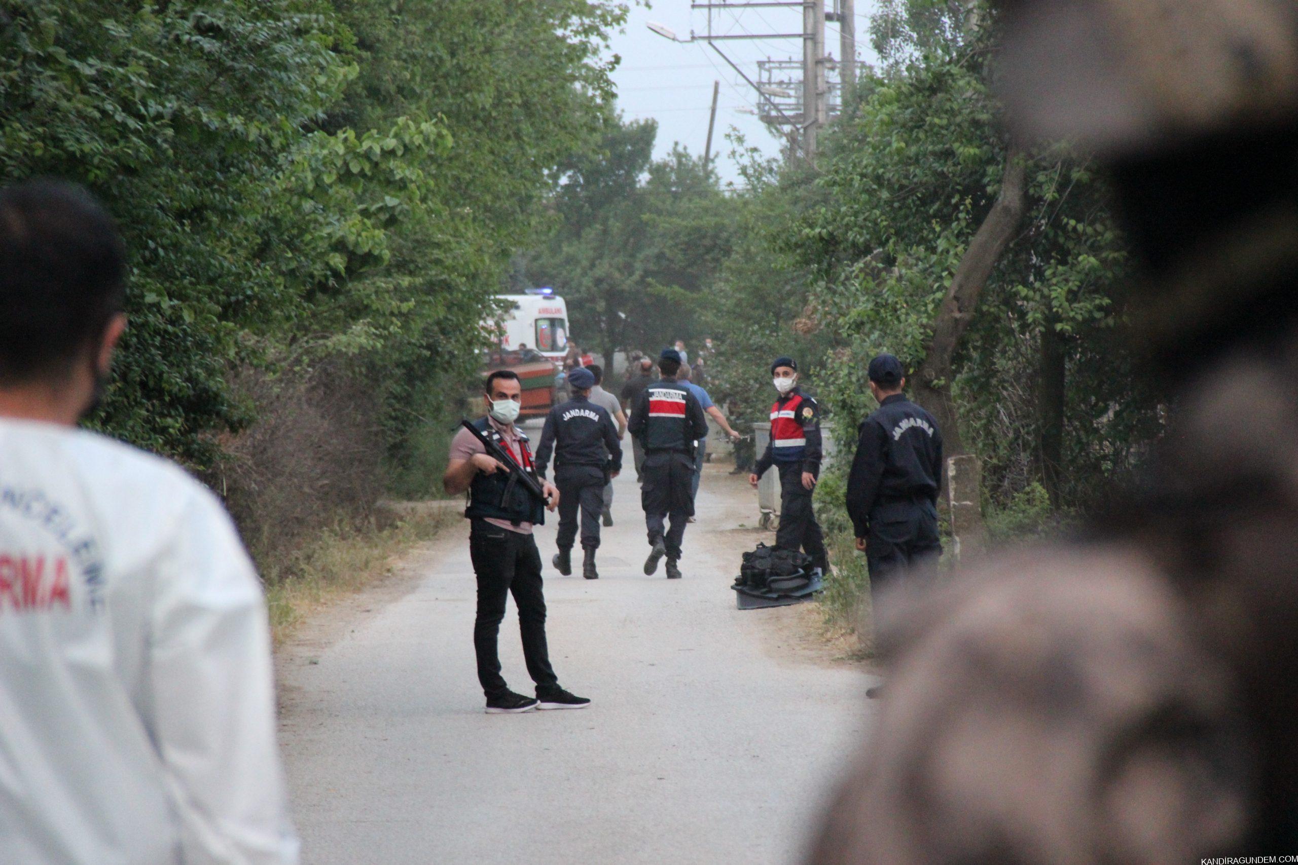 Babasını öldürüp 3'ü Jandarma,8 kişiyi yaralayan şahıs etkisiz hale getirildi